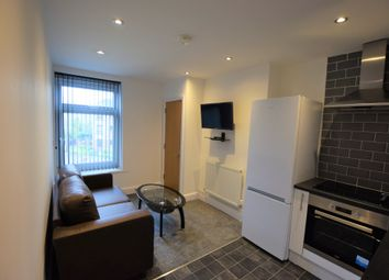 Thumbnail Flat to rent in Walker Road, Cardiff, South Glamorgan