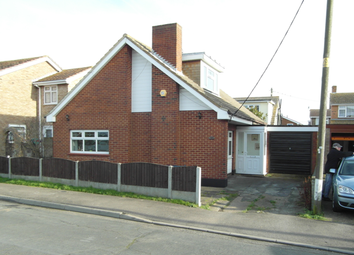 Thumbnail 3 bed detached house to rent in Northfalls Road, Canvey Island