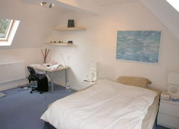 Room to rent in Russia Dock Road, London SE16