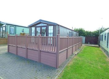 Thumbnail 2 bedroom mobile/park home for sale in Riverview Park, Station Road, Cogenhoe, Northamptonshire