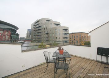 Thumbnail 3 bed flat to rent in Benwell Road, Highbury
