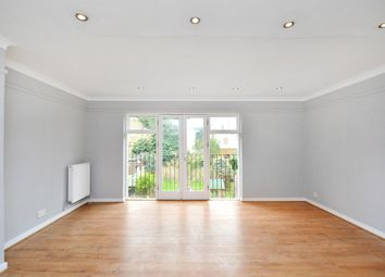 Thumbnail 2 bed flat to rent in Banbury Road, Hackney