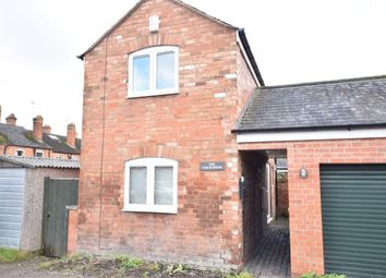 Thumbnail 1 bedroom detached house for sale in Queens Road, Evesham