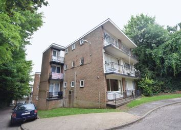 Thumbnail 1 bedroom flat for sale in Ruthin Close, Luton