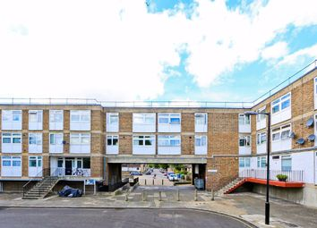 3 bed maisonette to rent in Lorrimore Square, Elephant And Castle SE17
