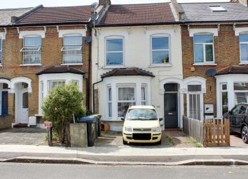 Thumbnail 2 bedroom flat for sale in Whittington Road, London