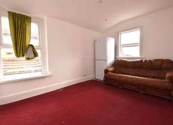 Thumbnail 2 bed flat to rent in Carisbrook Road, Walthamstow