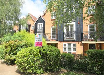 Thumbnail 4 bed town house for sale in Crown Walk, Hemel Hempstead