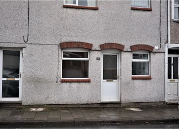 Thumbnail 2 bed flat to rent in Baldwin Street, Bargoed