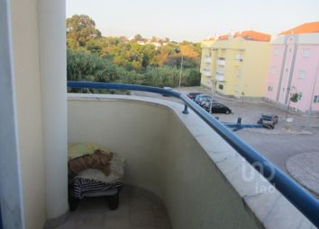 Thumbnail 2 bed apartment for sale in Caparica E Trafaria, Almada, Setúbal
