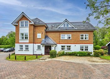 Thumbnail 2 bed flat to rent in Poets Court, Harpenden, Hertfordshire