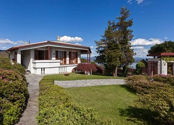 Thumbnail 4 bed villa for sale in Lesa Novara, Italy