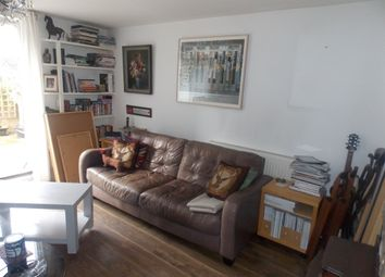 Thumbnail 4 bed maisonette to rent in Hitchin Square, Bow