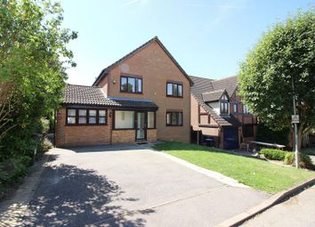 Thumbnail 4 bed detached house to rent in Hawthorns, Harlow