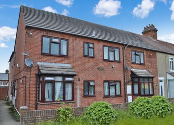 Thumbnail 1 bed flat for sale in Gordon Road, Newbury