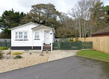 2 bed mobile/park home for sale in Hurst Close, Naish Estate, New Milton BH25