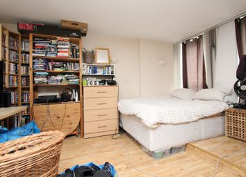 Thumbnail Room to rent in Coldharbour, Blackwall