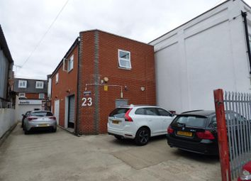 Thumbnail Commercial property to let in Glenhaven Avenue, Borehamwood
