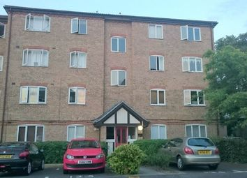 Thumbnail 1 bed flat to rent in Varsity Drive, Twickenham