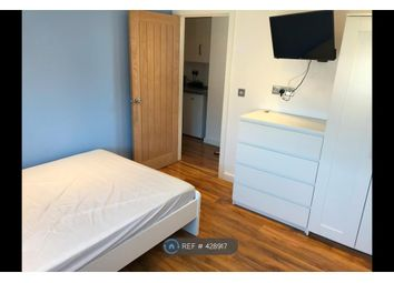 Room to rent in Poole Lane, Staines-Upon-Thames TW19