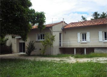 Thumbnail 3 bed property for sale in Poitou-Charentes, Charente, Chalais