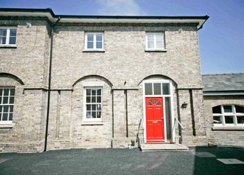 Thumbnail 2 bedroom town house to rent in High Street, Newmarket