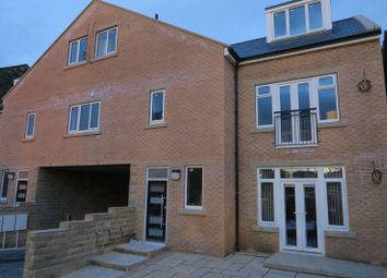 Thumbnail 3 bed flat to rent in King Street, Morley, Leeds