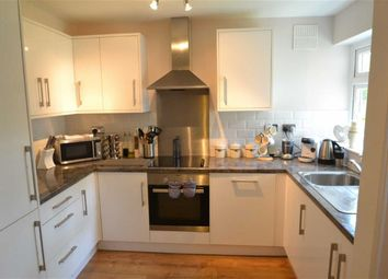 Thumbnail 1 bed flat to rent in Chanctonbury Gardens, Sutton