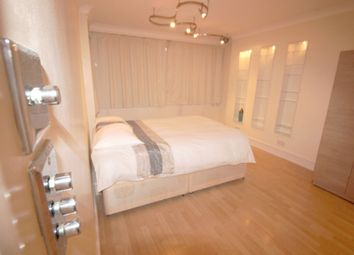 Thumbnail Room to rent in Clarissa House, Cordelia Street, London