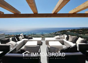 Thumbnail 5 bed villa for sale in Roquebrune-Sur-Argens, France
