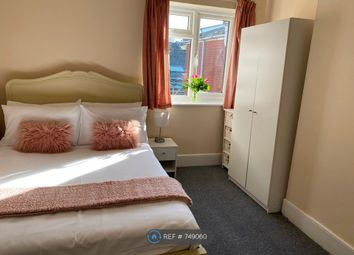 2 bed flat to rent in Oxford Avenue, Southampton SO14
