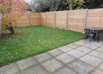 Thumbnail 1 bed flat to rent in Hallswelle Road, Golders Green