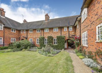 Thumbnail 2 bed cottage to rent in Temple Fortune Hill, Hampstead Garden Suburb