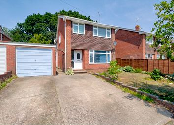 Thumbnail 4 bed detached house for sale in Waters Edge, Hedge End, Southampton