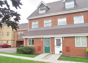 Thumbnail 2 bed flat to rent in Drum Road, Eastleigh, Hampshire
