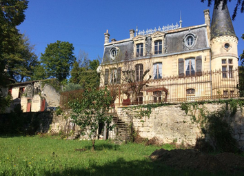 Thumbnail Farm for sale in 33710 Bourg, France