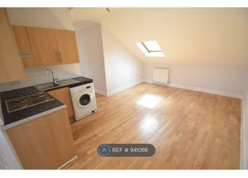 Thumbnail 3 bed flat to rent in High Street North, Dunstable