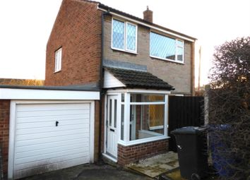 Thumbnail 3 bed detached house to rent in Sandstone Close, Sheffield