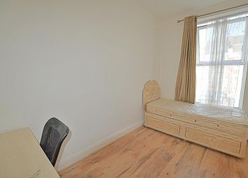 Thumbnail 1 bed flat to rent in The Crest, Brecknock Road, London