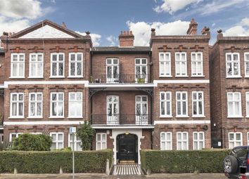 Thumbnail 3 bedroom flat to rent in Bishops Park Road, London