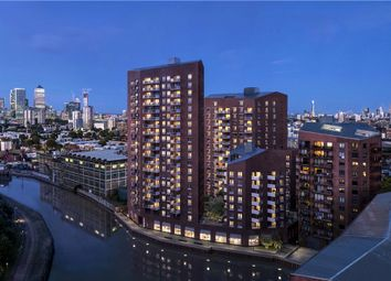 City Collection, Three Waters, 20 Gillender St, Bow Creek, London E3. Studio for sale