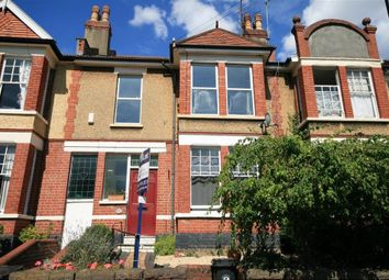 Thumbnail 4 bedroom flat to rent in Claremont Avenue, Bristol