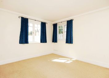 Thumbnail 1 bed flat to rent in Arosa Road, East Twickenham