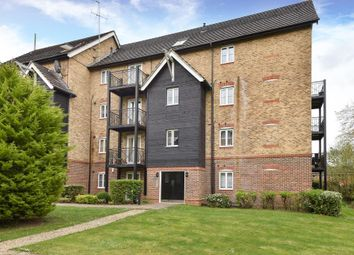 Thumbnail 2 bedroom flat for sale in High Wycombe, Buckinghamshire