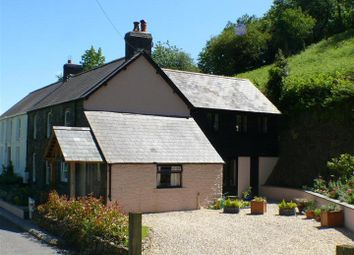 Thumbnail 4 bed cottage for sale in Llanfynydd, Carmarthen