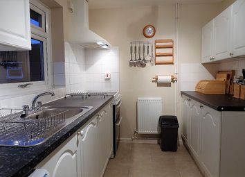 Thumbnail 1 bed flat to rent in Richens Drive, Oxfordshire