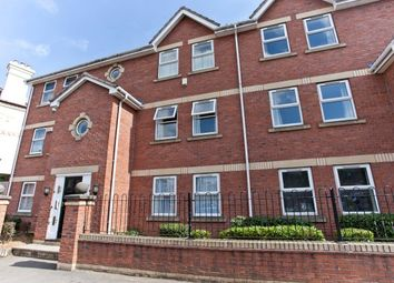 2 bed flat to rent in Barbican Road, York YO10