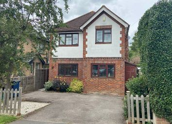 Blind Lane, Bourne End SL8. 3 bed detached house