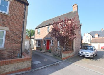 Thumbnail 5 bed detached house for sale in Dunley Close, Swindon, Wiltshire