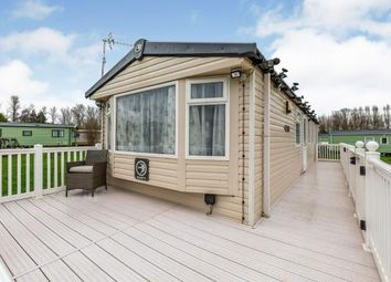 3 bed mobile/park home for sale in Bird Lake Pastures, Billing Aquadrome, Northampton NN3